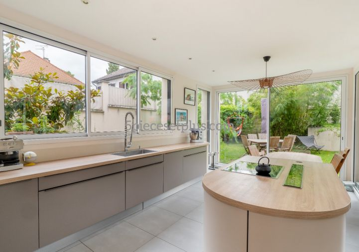 A vendre Maison contemporaine Rueil Malmaison   Réf 9201110498 - 5 pièces et plus