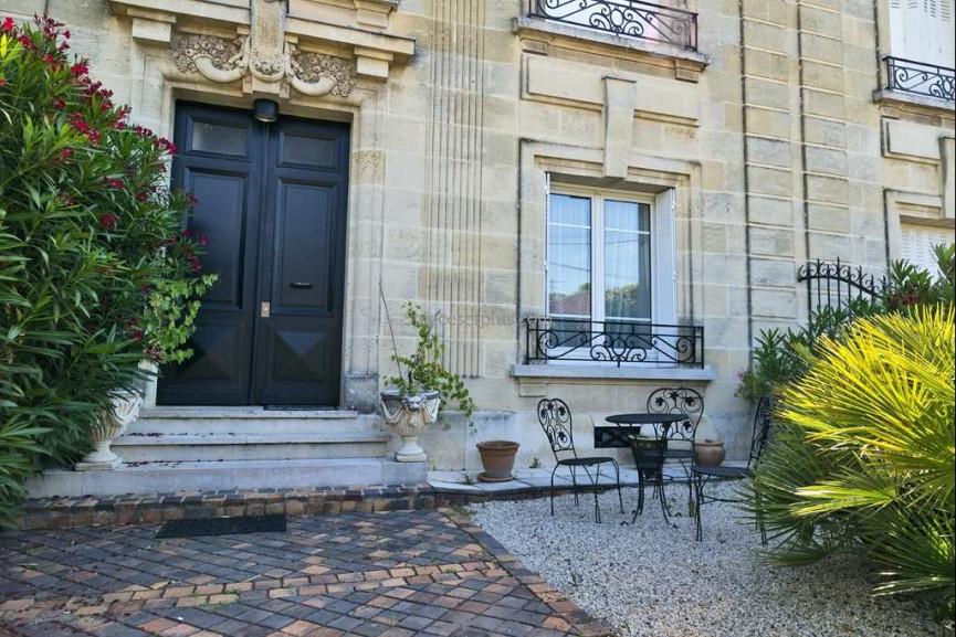 A vendre  Bordeaux   Réf 920114886 - 5 pièces et plus
