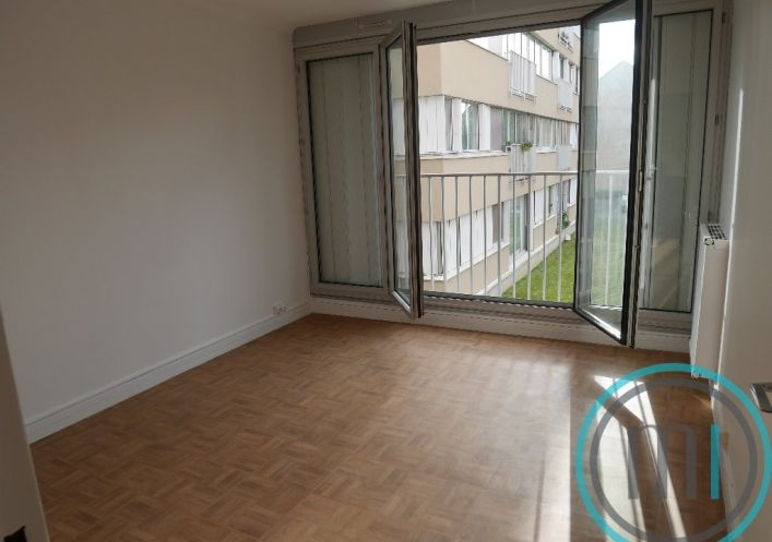 A vendre Nanterre 92017196 Mail immobilier