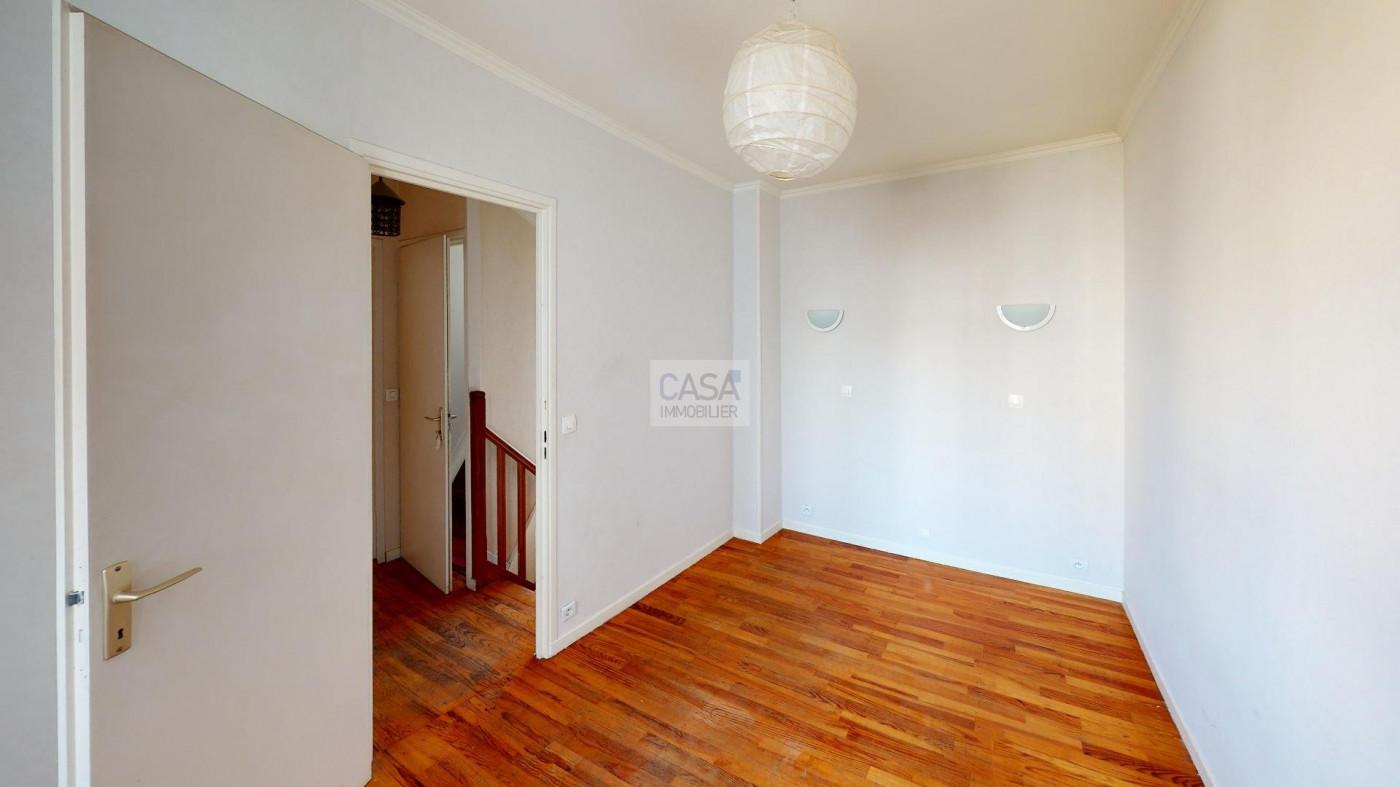A vendre  Alfortville   Réf 93001944 - Casa immobilier