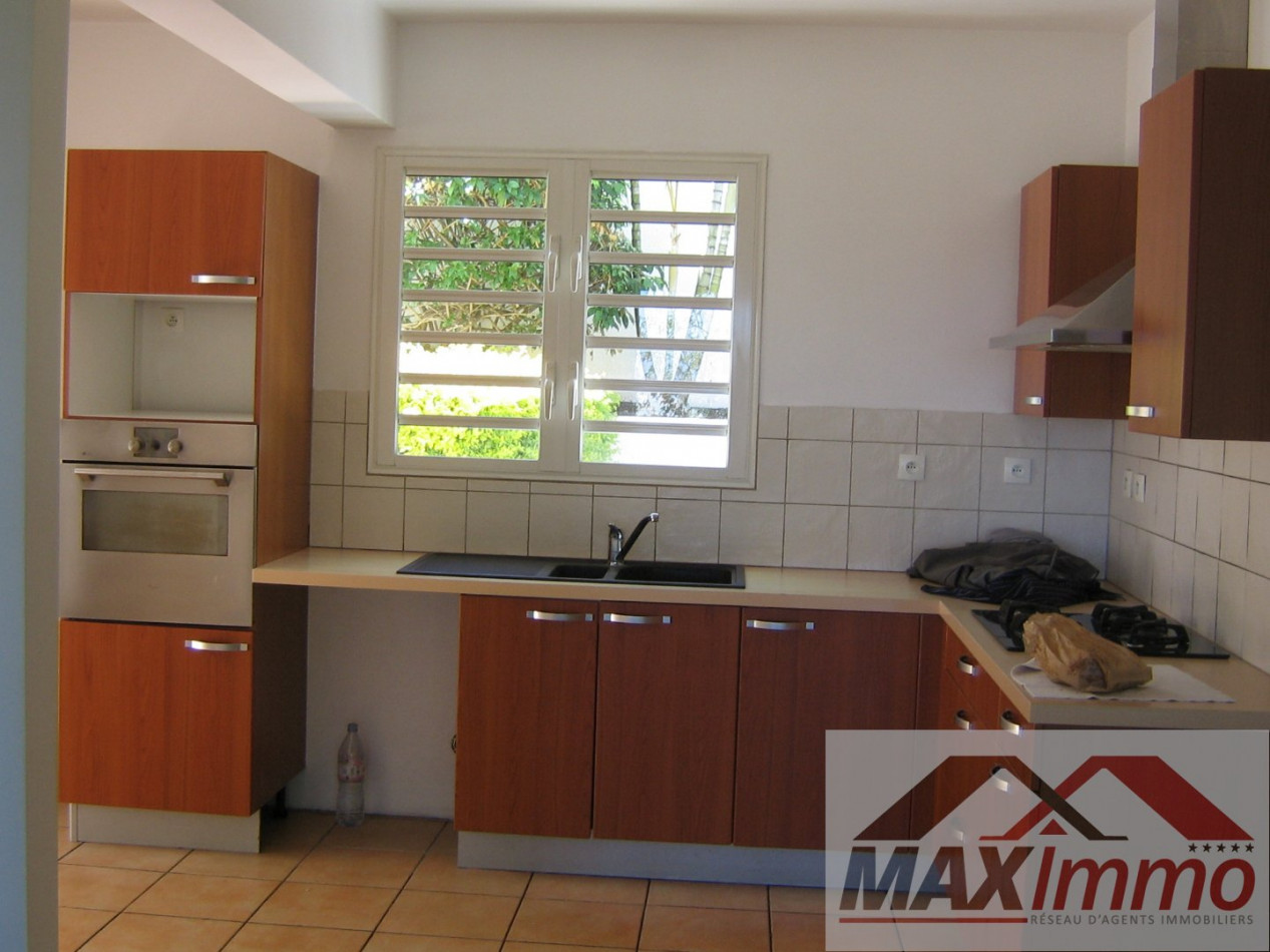 A vendre  Ravine Des Cabris   Réf 970087488 - Maximmo cg transaction