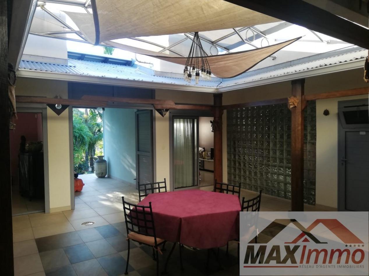 A vendre  Ravine Des Cabris   Réf 970087544 - Maximmo cg transaction