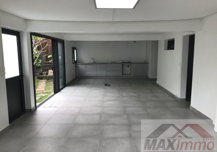 A vendre Maison Saint Pierre   R�f 970087724 - Maximmo cg transaction
