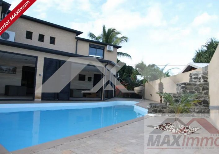 A vendre Maison Saint Louis   R�f 970088016 - Maximmo cg transaction