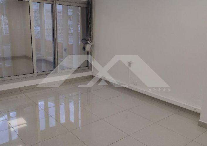 A louer Local commercial Saint Denis   R�f 970088259 - Maximmo cg transaction