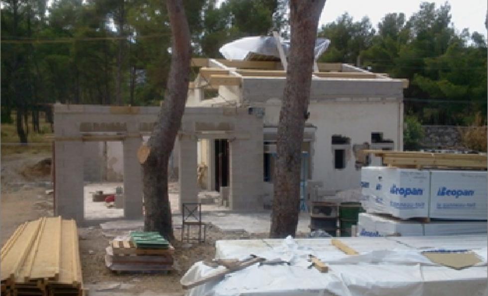 Vente d'un terrain construit irrégulièrement – comment régulariser la constructi Abessan immobilier