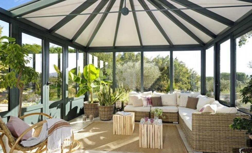 12 idées pour aménager sa véranda en vraie pièce de vie Abessan immobilier