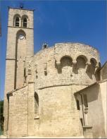 Reportage sur l'église de montblanc, village typique du sud de la france. David immobilier