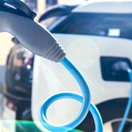 En copropriété, installer une prise pour recharger sa voiture électrique est un droit Cofim