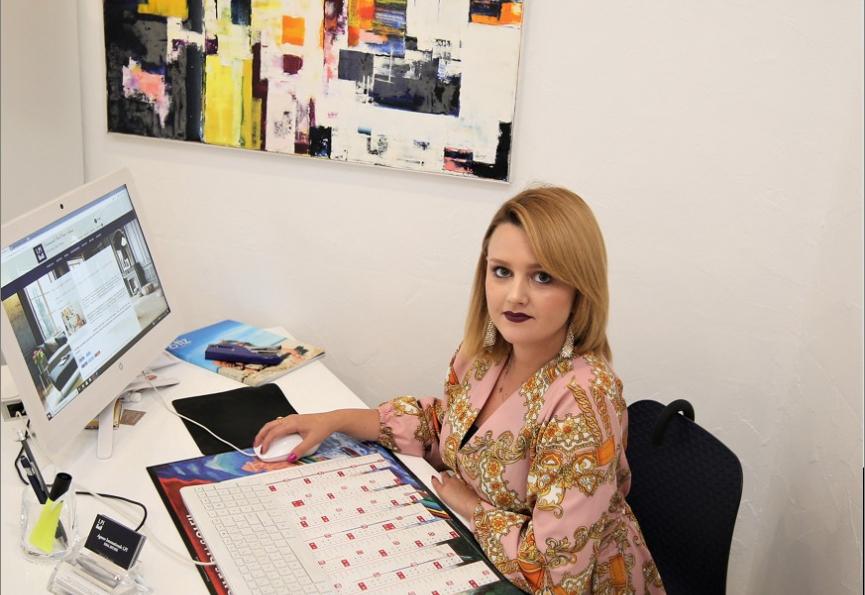 Jordan chloe-consultante immobilier -agence perpignan -9 rue des trois journées Les professionnels de l'immobilier