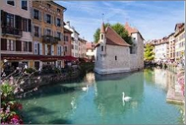 Annecy, la ville ou l'on vit le mieux en france! (article le monde) Resonance immobilière