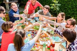 Quelle relation entretiennent les français et leurs voisins ? L'agencerie
